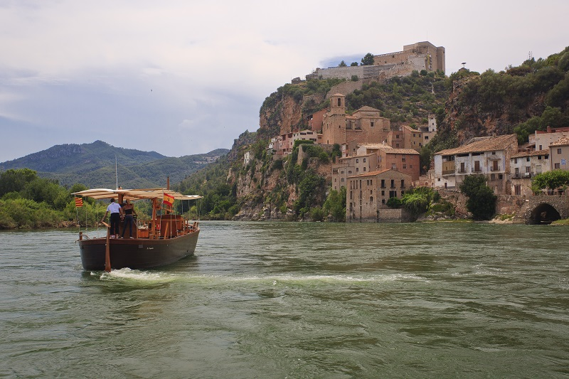 Llagut Lo Sirgador a Miravet ©  Patronat de Turisme de la Diputació de Tarragona - Terres de l'Ebre