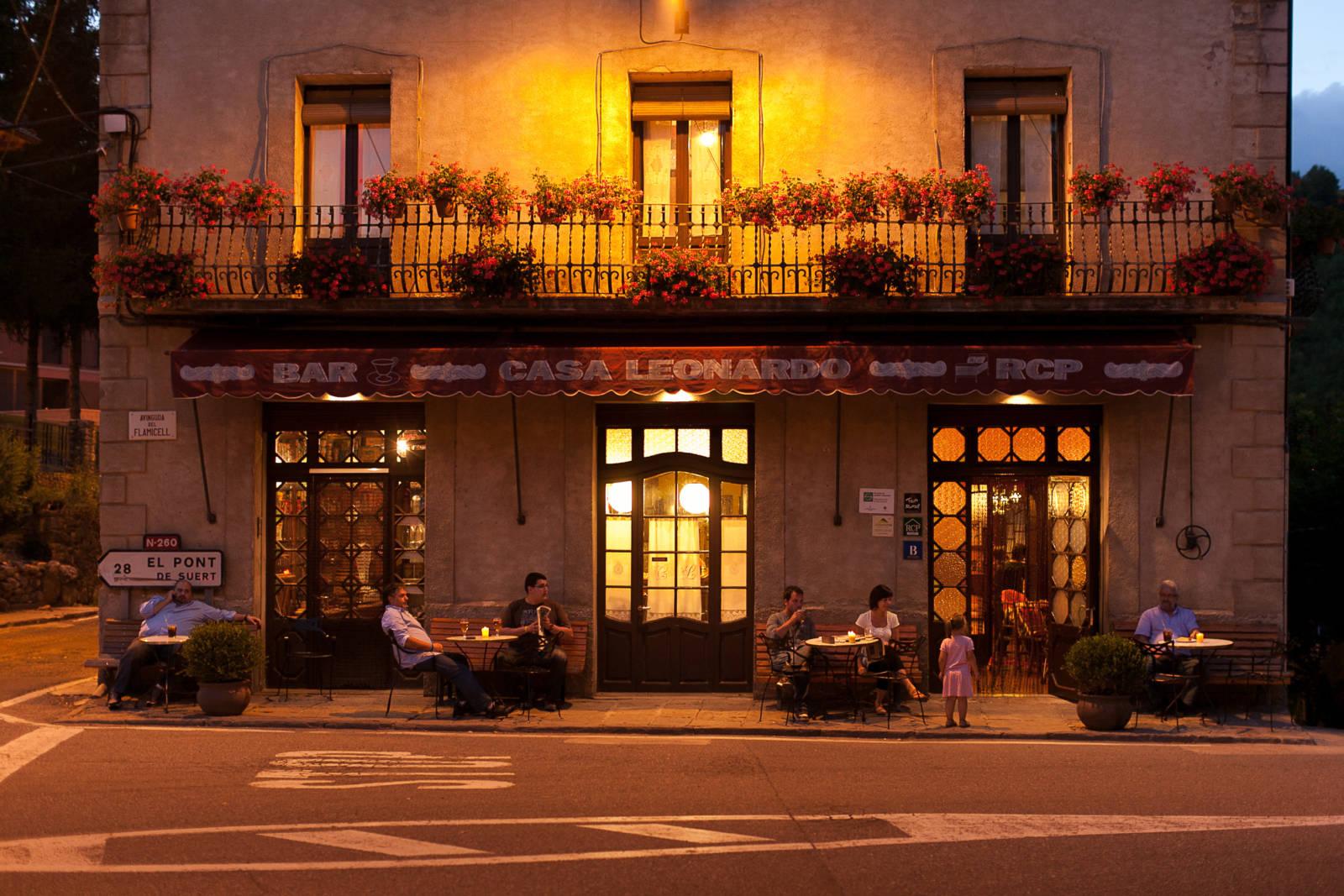 Eva hakes katalonien tourismus - Casa leonardo senterada ...
